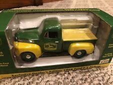 Liberty Classics 1948 'John Deere Ford F-1 Pickup Truck Coin Bank 1/25 Nib
