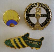NEWCASTLE UNITED FOOTBALL CLUB Enamel Lapel Pin Badges x 3 Lot No4