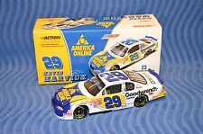 Kevin Harvick #29 AOL NASCAR /Good wrench  Winston Cup Series  1:24 Stock Car