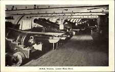 Schiffsfoto-AK Ship Photo ~1940/50 HMS VICTORY Gun`s Lower Mess Deck Kanonen