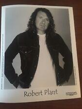 ROBERT PLANT Musician 2002 PRESS PHOTO - 8 x 10