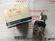 Telemecanique XB21-MG31 Key Selector Switch, New