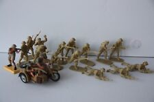 Britains Deetail Africa British & German Soldiers with matching Plastic Soldiers
