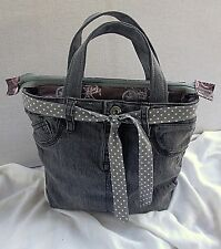 Upcycled Gray Denim Jeans Lunch Bag/Lunch Tote/Insulated Cooler, Recessed Z