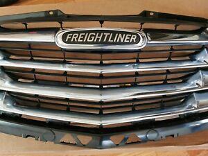 2014-2018 FreightLiner Sprinter Radiator Grill