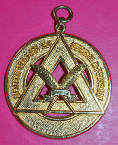 South Wales Eastern Division Past Provincial Grand Scribe Chapter masonic jewel