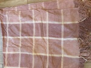 NEW LAURA ASHLEY CHENILLE CHECK THROW CHALK PINK LOVELY GIFT 150 x 200 cm