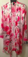 Robe WHITE w/ PINK FLOWERS Long Sleeve 100% Polyester MEDIUM