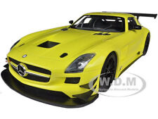 2011 MERCEDES SLS AMG GT3 STREET VERSION YELLOW 1/18 BY MINICHAMPS 151113104
