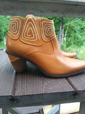 Spring Step Gamer Ankle Boots European size 40/US9