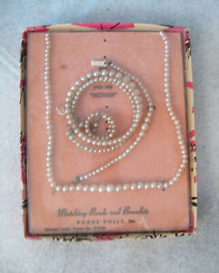 """Vogue Ginny Doll 1957 boxed Matching Beads & Bracelets """"Pearls"""" Rare in box"""