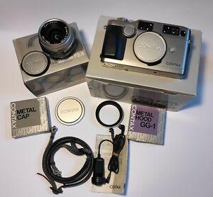 Contax G2 + Carl Zeiss Biogon 28mm F2.8 + extras