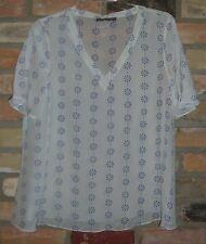 Zoe & Sam pretty modern silk ivory blouse top versatile NWOT M Medium GILT.com