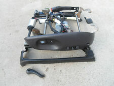 98 99 00 01 02 03 Dodge Durango Dakota Driver LH Power Seat Track With Switch