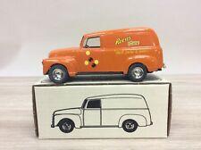 ERTL 1950 PANEL DELIVERY BANK REESE PIECES NEW NIB E1835
