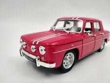 Renault 8 Gordini 1964 rouge echelle 1:24 longueur 16cm neuve