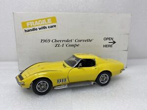 1/24 Danbury Mint 1969 Chevrolet Corvette  ZL-1 427 Coupe Yellow