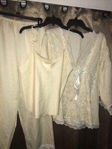 NWOT Victoria's Secret  Satin Lace  Robe Cami Pajamas Set Med Vintage New