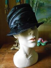 Vintage Antique 1920's Satin Cloche HAT sweet details did not see much use