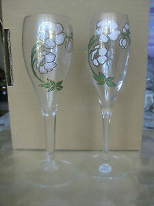 2 RARE PERRIER JOUET CRYSTAL CHAMPAGNES FLUTES