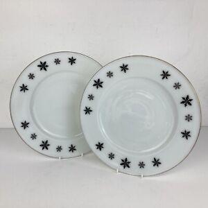 "2 Vintage 1960s JAJ Pyrex Black White Gaiety Snowflake Large 9.5"" Dinner Plates"