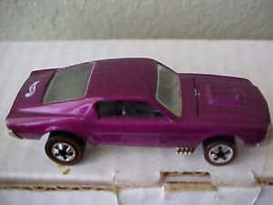 Hot Wheels Mustang Vintage Purple