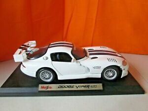 Maisto Dodge Viper GT2 1:18 Diecast No Box on Base
