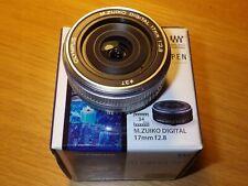 Olympus M.Zuiko Digital 17mm f/2.8 Pancake Lens for PEN & OM-D cameras (Black)