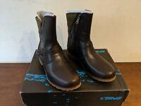 Teva Women's De La Vina Low Waterproof Leather Ankle Boot,Brown/Green,5 M US