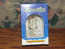 Cast art industries Dreamsicles cherub with baby ornament 1994