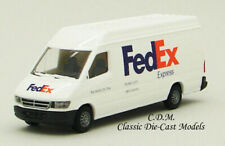 FedEx Express Sprinter Delivery Van White 1/87 HO Walthers SceneMaster 949-12203