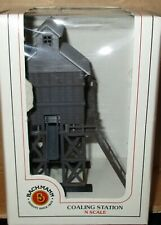 N Scale Bachmann - Built Up - Coaling Station  -  55-7311