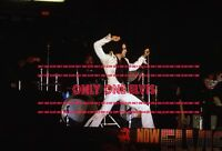 ELVIS PRESLEY on TOUR 1972 8x10 Photo LIVE in CONCERT 01