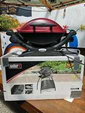 Weber q 1400 Elektrogrill Maroon Rot