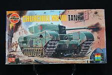XM023 AIRFIX 1/72 maquette tank char 01304 Churchill Mk VII Tank 1994