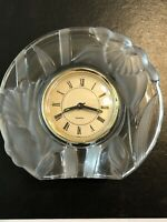 Vintage CRYSTAL CLEAR STUDIOS Frosted Glass Floral Quartz Battery Clock New Ba