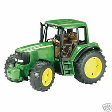 Bruder 2050 John Deere Tractor 1:16 Scale Farm Toy New and boxed