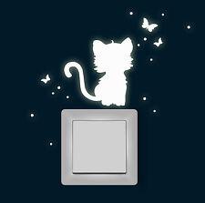 Wandtattoo Katze Schmetterlinge fluoreszierend nachtleuchtend Leuchtsticker 1365