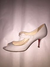 pre-loved CHRISTIAN LOUBOUTIN size 39.5 Peek Toe MARY JANE pumps patent leather