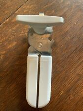 Vintage Pampered Chef #2758 Smooth Edge Manual Can Opener