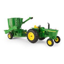 Ertl John Deere 1:16 Scale Model 3020 Tractor With Mixer Mill