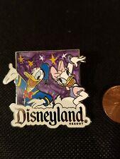 Disney Pin Badge Disneyland Donald Duck and Daisy