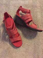 Keen Women's Orange Wedgy Sandals Size 8---NEW---