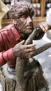 """MONSTER WOLFMAN PRO-BUILT AND PAINTED  10"""" TALL 1/6 SCALE BUST (YAGHER SCULPT)"""