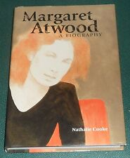 MARGARET ATWOOD : A BIOGRAPHY by Nathalie Cooke 1998 hardcover FASCINATING STUDY