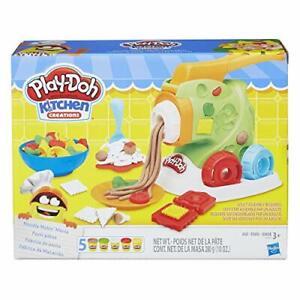 Play-Doh Kitchen Creation Noodle Maker Lasagna Mold Cutter Noodle Makin' Mania