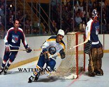 1977 - 78 Buffalo Sabres Gilbert Perreault vs New York Rangers   8 X 10 Photo