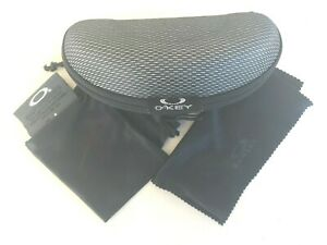 BRAND NEW SUNGLASSES CASE For Oakley with DUST BAG and cleaning cloth.