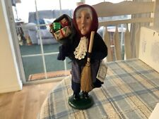 Byers' Choice Ltd. The Carolers Old Befana 1997 Christmas Witch 11� Tall