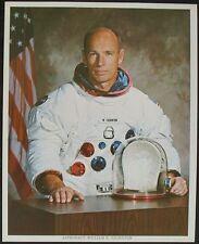 S961) William Thornton astronauta STS 8 + STS 51b nasa photograph 20,5 x 25,5, cm